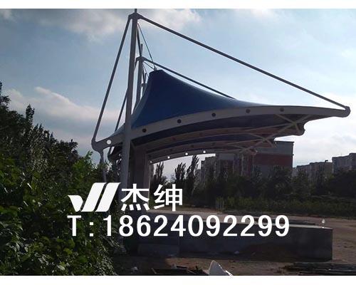 阜新13中学体育场主席台膜结构