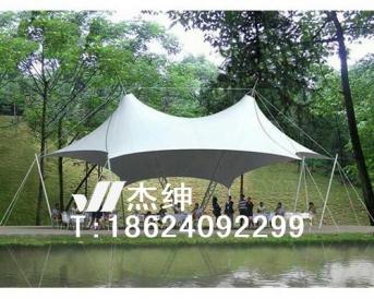 泗水河畔景观张拉膜结构